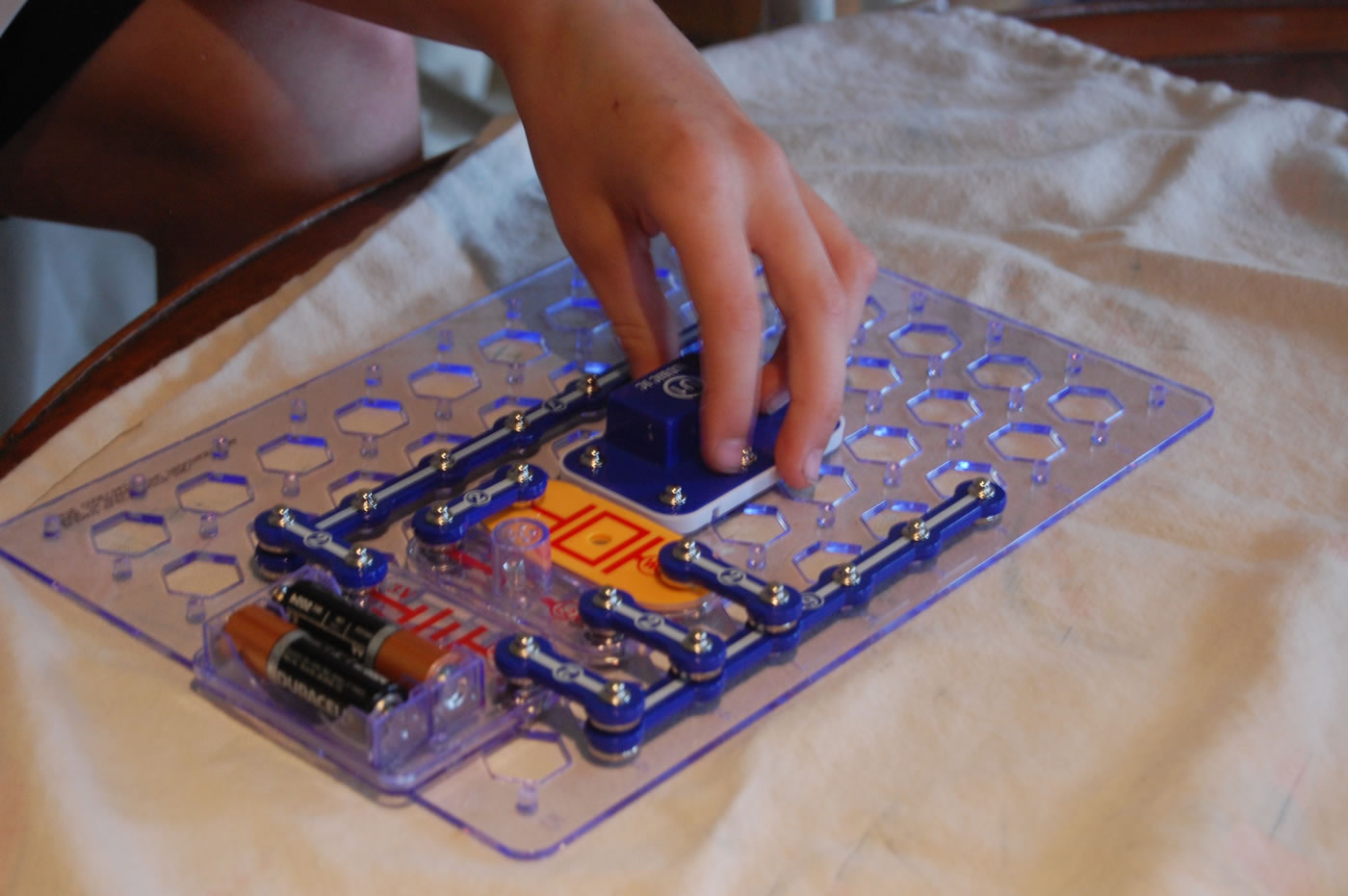 Elenco Scl175 Snap Circuits Light Elenco Scl 175 At The Test