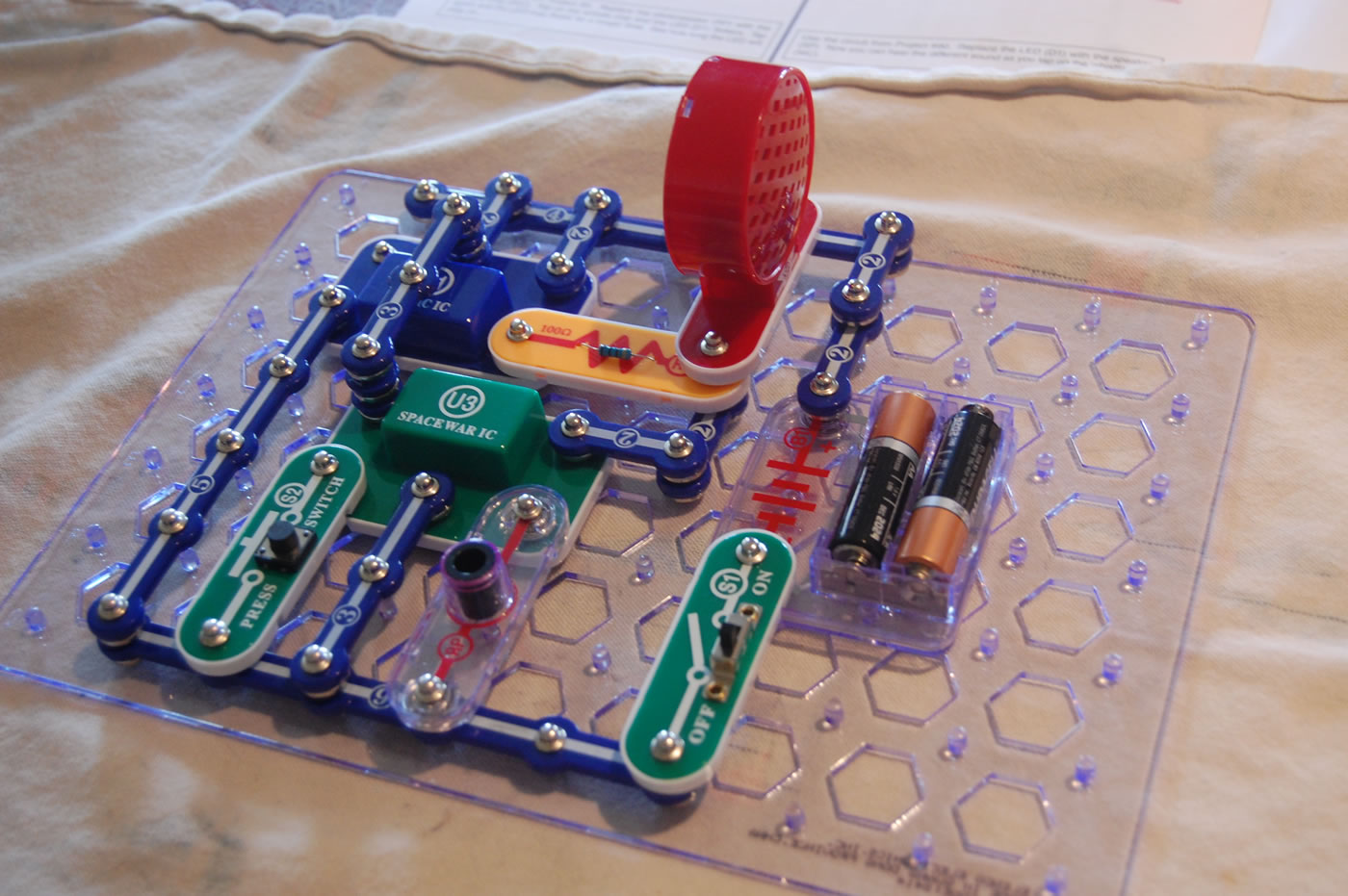 Cool Electronic Snap Circuit Kit Petkid One Kids Blogging Adventure Circuits For